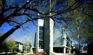 CSIRO-Biochemistry--Building--Discovery-Centre-4